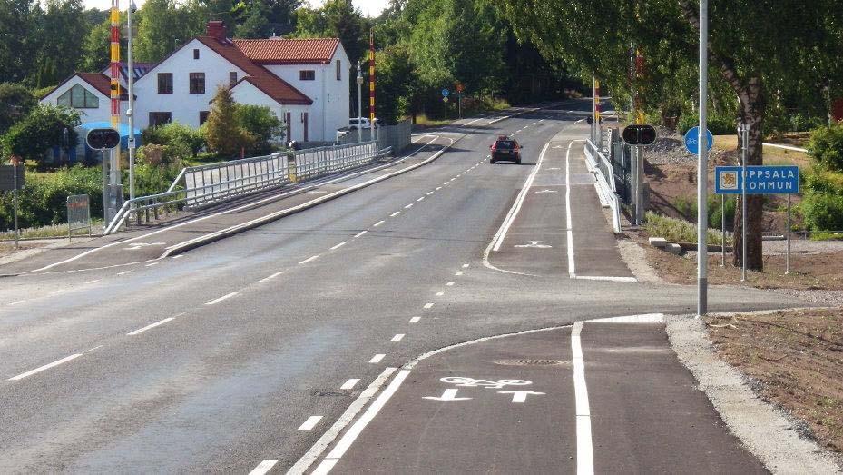 Flottsundsbron med cykelbanor och utfarter