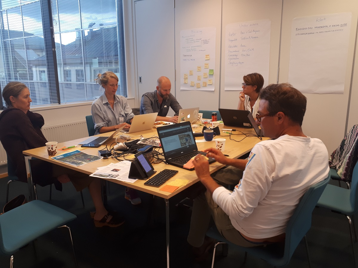 Cykelfrämjandets volontärer har inrättat ett högkvarter i Rådhus Skåne för att jobba med förberedelserna.